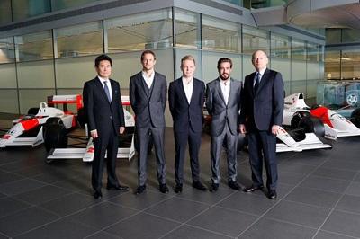 2015年のF1ドライバーラインナップがようやく確定!