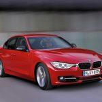 新型BMW3シリーズの赤色が格好良い!
